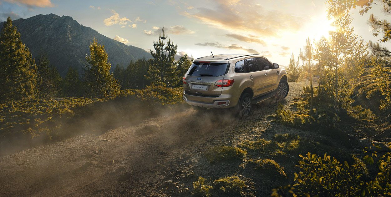 Ford Everest Trend 2.0L 4×2 AT 20183