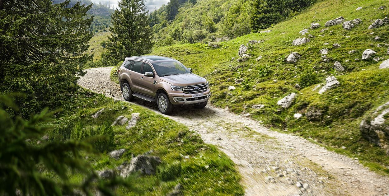 Ford Everest Titanium 2.0L AT 4WD4